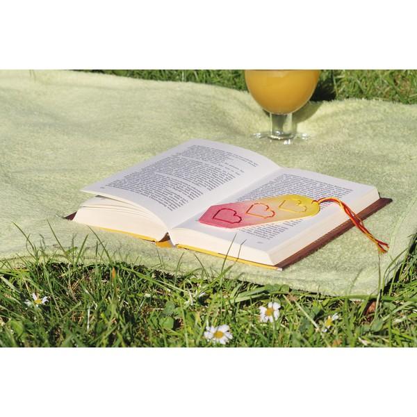 """Zrób to sam """"Zakładki do książek Wyszywane serca"""" 12 sztuk"""