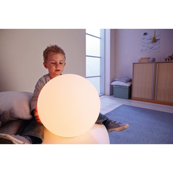 Lampa LED zmieniająca kolory